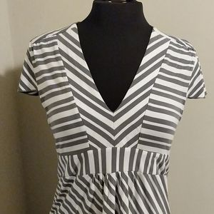 💕Carve Designs XL Gray+White Stripe V neck Dress